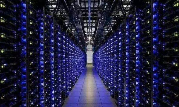 服务器托管和服务器租用哪个更划算呢?-深圳市互联时空科技有限公司